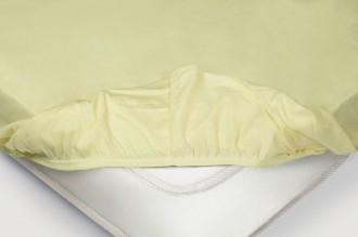 Простыня на резинке Трикотажная — нежно-желтый